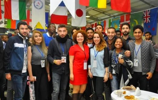 İzmir'de eğitim alan uluslararası üniversite öğrencileri buluştu