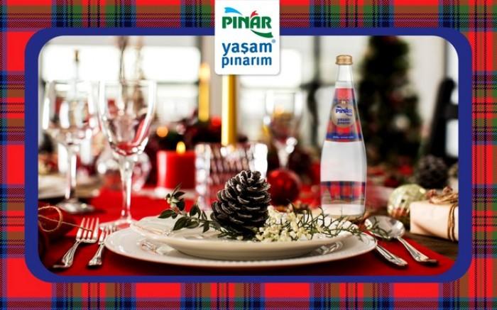Yılbaşı Modası Pınar Su Yeni Yıl Şişesi ile  Sofralarınızda!